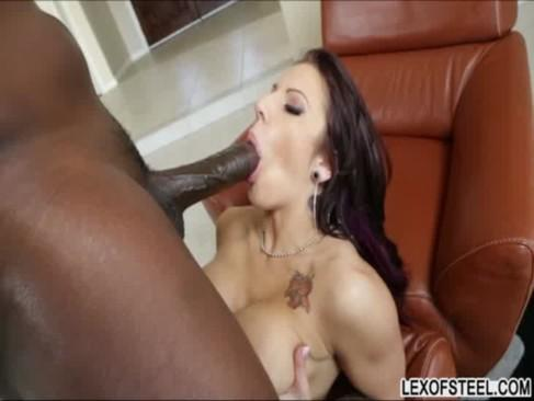 фото секс lylith lavey огромный черный член