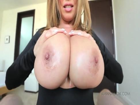 Asiatisch Groß Titten Cumshot Titfuck