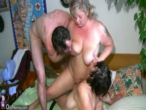 old lady threesome